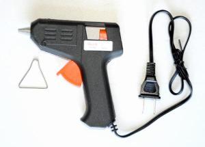 Mini traveling glue gun & 5 sticks of glue